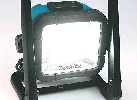 【マキタ 日立工機】電動工具のライバル2社、 LEDワークライトならどちらが上なのか?!【買取ます】