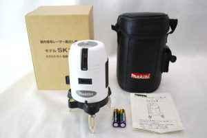 Makita マキタ 屋内専用 レーザー墨出し器 SK12