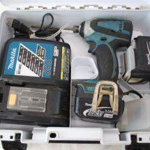 マキタ TD134DX2 14.4V 充電式インパクトドライバ ケース付 中古